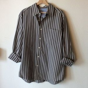 Eddie Bauer Men's Striped Button Down